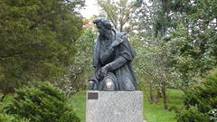 Denkmal von Fryderyk Chopin in Żelazowa Wola